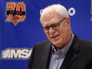 Report: Knicks Owner Considering Firing Phil Jackson