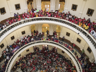 Opinion: Here's How Texas Should Give Its Immigration Law the Boot