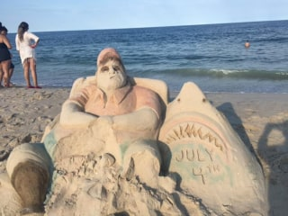 New Jersey Sand Sculpture Mocks Chris Christie's Viral Beach Outing
