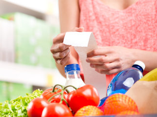 8 Ways to Cut Calories and Cost at the Grocery Store