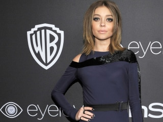 Sarah Hyland shows off red hair — see the new 'do!