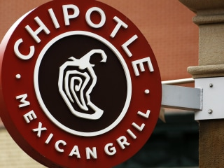 Get your guac on the go! Chipotle's adding a drive-thru window
