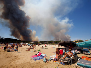 Thousands Evacuated as Wildfires Rage in French Riviera
