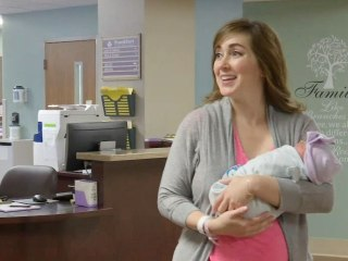 Kentucky Doctor Delivers Patient's Baby Right Before Giving Birth to Daughter