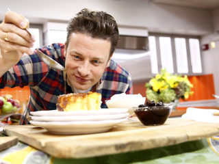 Celebrity chef Jamie Oliver's UK restaurant chain collapses into insolvency