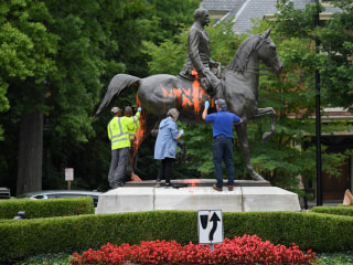 National Battle Over Confederate Monuments Renewed After Charlottesville Violence