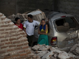 Mexico Earthquake Death Toll Climbs to 90 as Oaxaca Reports More Victims