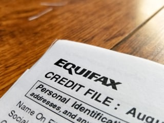 Equifax Fallout: FTC Launches Probe, Websites and Phones Jammed With Angry Consumers