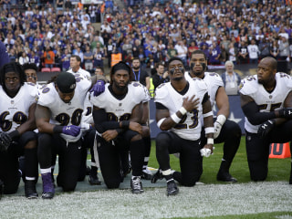 NFL Players Kneel, Link Arms During National Anthem in London