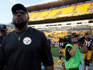 Steelers Will be First in the NFL to Sit Out Anthem as a Team