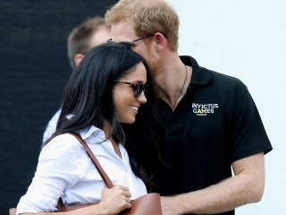 Prince Harry, Meghan Markle Hold Hands at Invictus Games