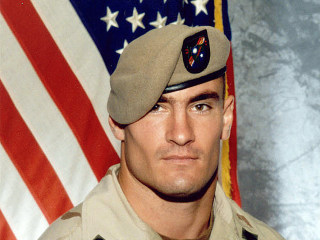 Pat Tillman's Widow Criticizes 'Politicized' Use of Late Husband's Image