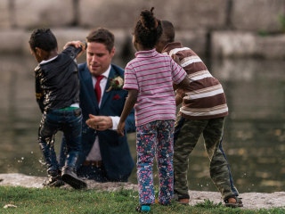 Photographer Captures Groom Saving Drowning Boy