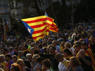 Catalonia's Leader Demands Dialogue With Spain on Independence