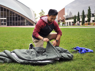 MIT Sophomore Designs Winter Sleeping Bags for Syrian Refugees