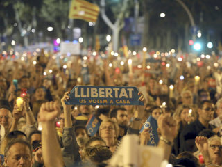 Spain Set to Impose Direct Rule on Catalonia Beginning Saturday