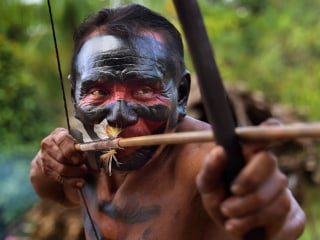 Amazon Tribe Clings to Traditional Way of Life