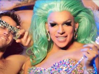 'Native American Barbie': Drag Performer Fuses Pop Culture, Indigenous Roots