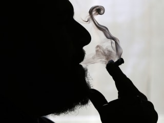 Does marijuana cause lung cancer? Doctors call for more research