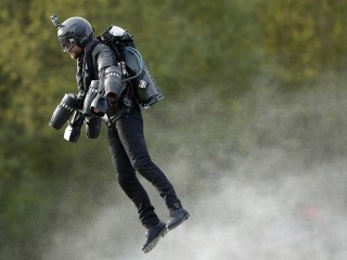 'Iron Man' Jet Pack Flier Just Set New World Speed Record