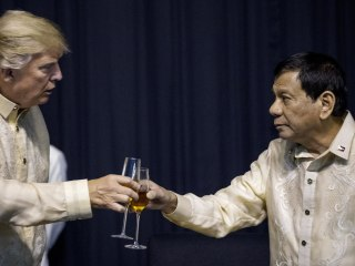 Duterte Serenades Trump: 'You Are the Light of My World'