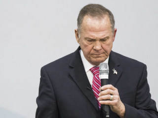 Alabama GOP refuses to abandon Roy Moore after another wild day