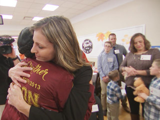 Kids who received organ transplants celebrate Thanksgiving with donor's mother