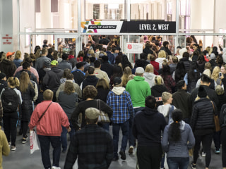 Shoppers eager for Black Friday already spent $1.5 billion on Thanksgiving night