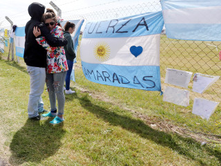 Hope fades as search for Argentine submarine enters ninth day