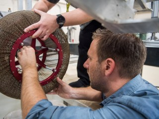 NASA creates amazing 'chain mail' wheel for future Mars rovers
