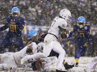 Army beats Navy for second straight year in instant classic