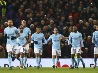 Man City sets Premier League record with 14th straight win