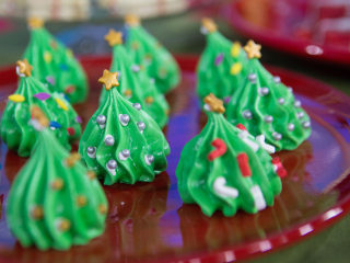 Sweeten up the holidays with Santa cake, snowman spoons, cookie gifts and more