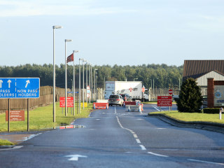 Shots fired at U.S. base RAF Mildenhall after vehicle attempts entry — U.K. police