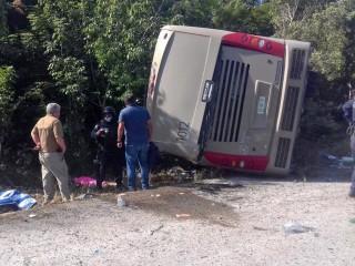 Mexico tourist bus crash: Survivors heading home, 2 victims ID'd