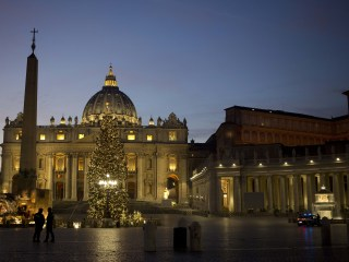 Controversial McDonald's Opens in Vatican Building (Wi-Fi Is Available)