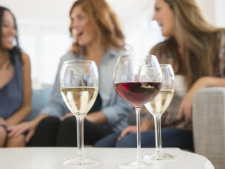 What it's like to give up alcohol in a 'wine mom' world