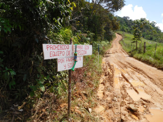 These Colombians are clearing land mines and paving the way for peace