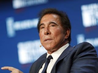 Vegas casino king Steve Wynn accused of 'pattern of sexual misconduct' in Wall Street Journal report
