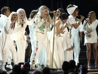 Kesha delivers powerful Grammy performance of 'Praying' in nod to #MeToo
