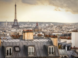 Tax breaks and Paris itself attract filmmakers to France