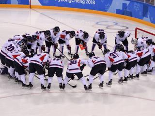 Unified Korean women's ice hockey team debuts at Olympics to heartfelt cheers