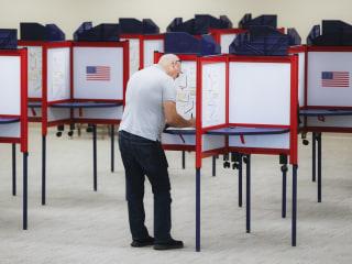 U.S. intel agencies predict Russia to escalate election meddling efforts