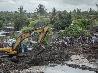 Mozambique garbage dump collapse kills 17 after heavy rains