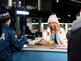 This is what Olympians like Chloe Kim and Lindsey Vonn eat for breakfast