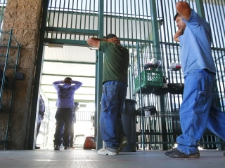 Supreme Court upholds government power to detain immigrants without bail