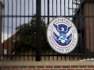 DHS to drop deportation proceedings against Special Forces vet's wife