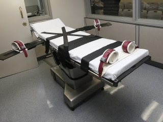 Oklahoma says gas will replace lethal injection in executions