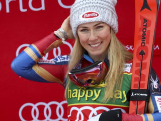 Shiffrin wins World Cup Finals slalom for best career season