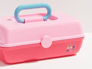 Caboodles are back and we've never felt more nostalgic for the '90s